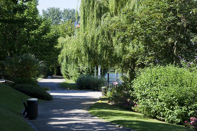 Exemple d'une voie verte à Chatou © CD78/N.DUPREY
