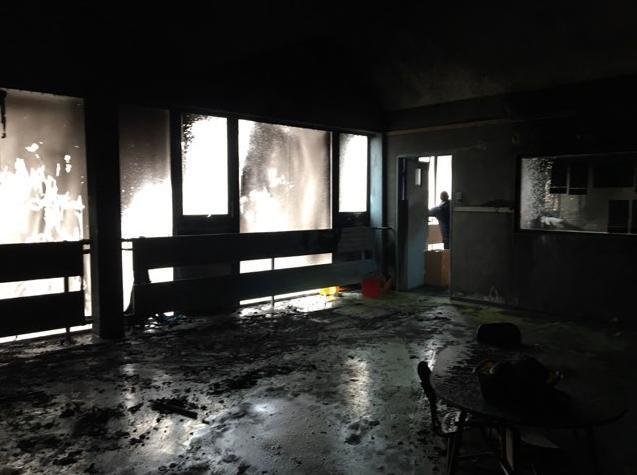 Ecole maternelle incendiée à Chanteloup © Catherine Arenou - Twitter