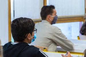 Le Département remet 2 nouveaux masques aux 83 000 collégiens yvelinois © CD78/MC.RIGATO