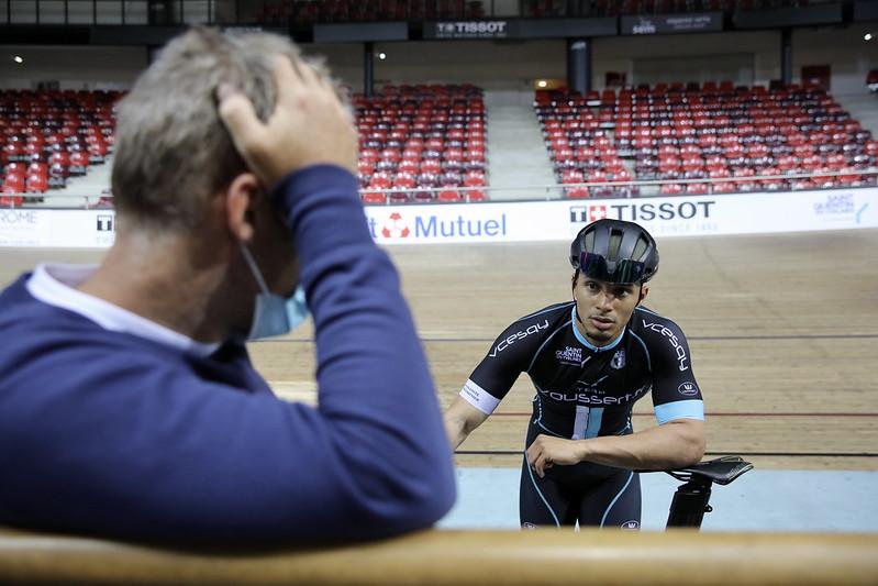A l'écoute de son entraîneur, Florian va chercher la meilleure performance à Tokyo. © CD78 / N.Duprey