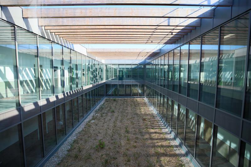 Le nouveau collège de Mantes fait la différence © CD78/N.DUPREY